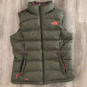 The North Face Puffer 700 vest